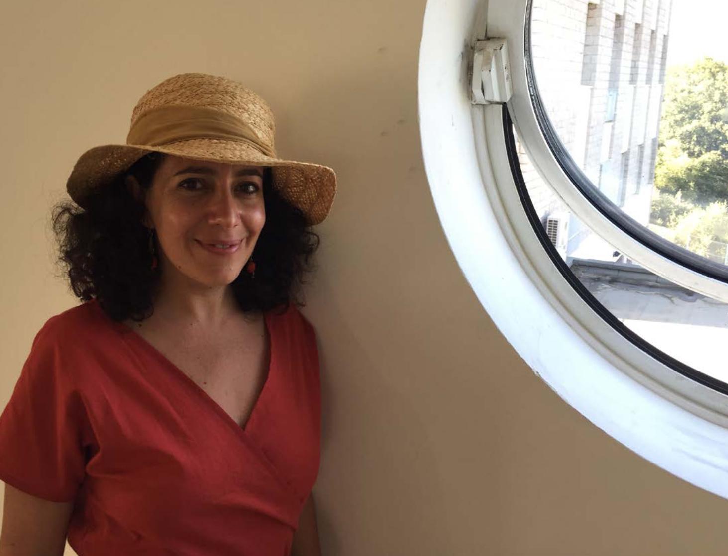"""Leyla Bouzid, une cinéaste heureuse de présenter """"Une histoire d'amour et de désir"""" à Casa di Lume, après Cannes • DL"""